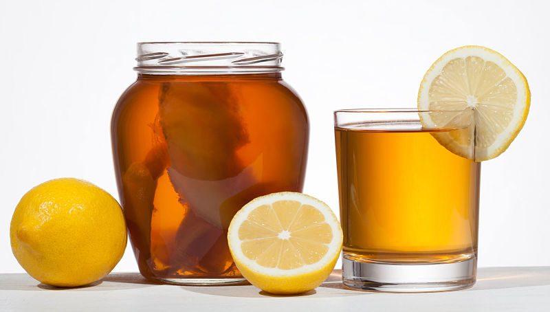 Mặc dù trà rất tốt cho sức khỏe nhưng bạn không nên lạm dụng mà chỉ uống với một lượng vừa đủ