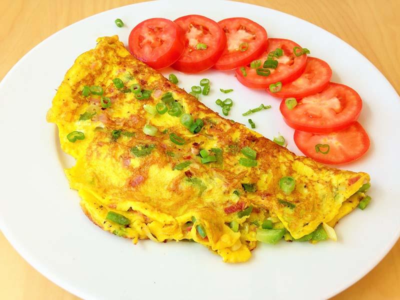 Trứng chiên hành hoa là món ăn ngon và dễ thực hiện