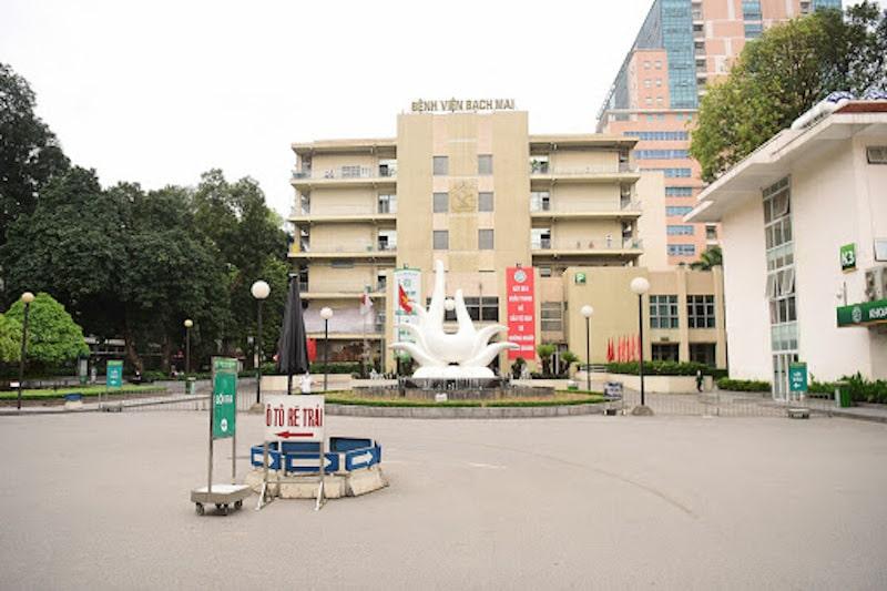 Khám và điều trị tại trung tâm Hô hấp của bệnh viện Bạch Mai
