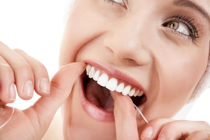 Trước và sau khi bọc răng sứ cần chăm sóc răng miệng đúng cách